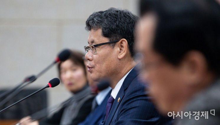 [포토]모두발언하는 김연철 통일부 장관
