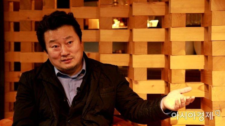 이상호 감독은 대통령의 7시간은 박근혜 정권을 규정하는 중요한 블랙박스이자, 박 전 대통령과 최순실 씨와의 관계가 아주 농축되어 있는 시간이라고 설명한다. 사진 = 윤진근 PD