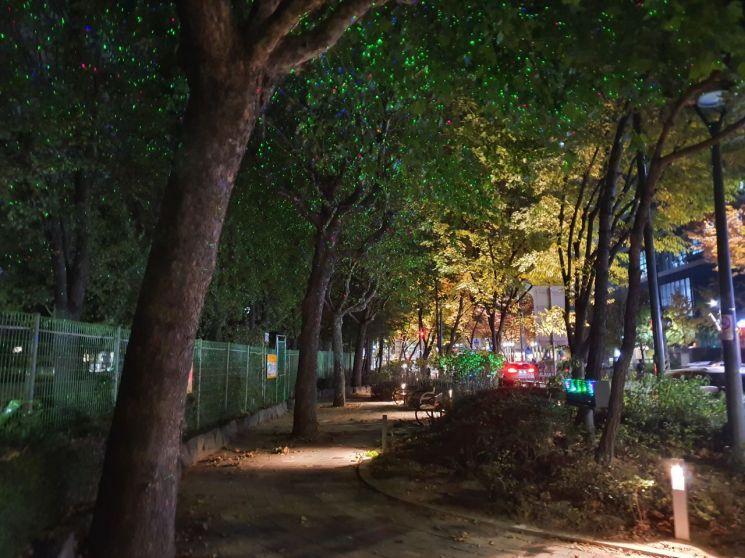 서울 한복판에 반딧불?...영등포구, 선유도 가는 길 조명 새단장