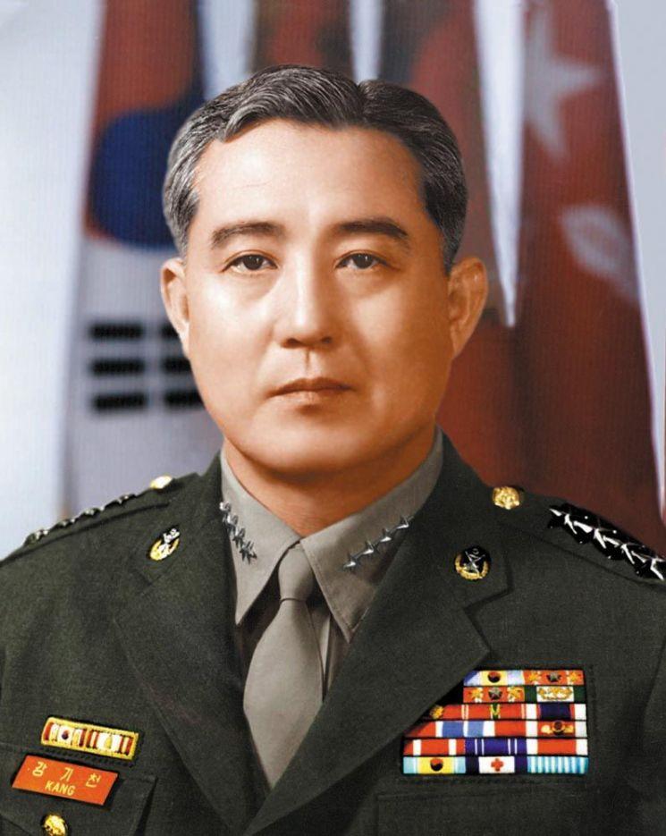 강기천 전 해병대사령관 (사진=해병대)