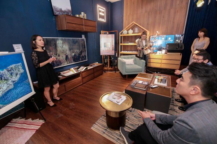 삼성전자, 싱가포르에 '세리프 TV' 출시…체험공간 마련