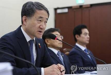 박능후 보건복지부 장관 [이미지출처=연합뉴스]