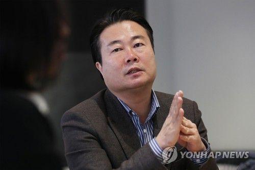 내년 1월1일 발레STP 협동조합 2대 이사장에 취임하는 김길용 와이즈 발레단 단장  [사진= 연합뉴스 제공]
