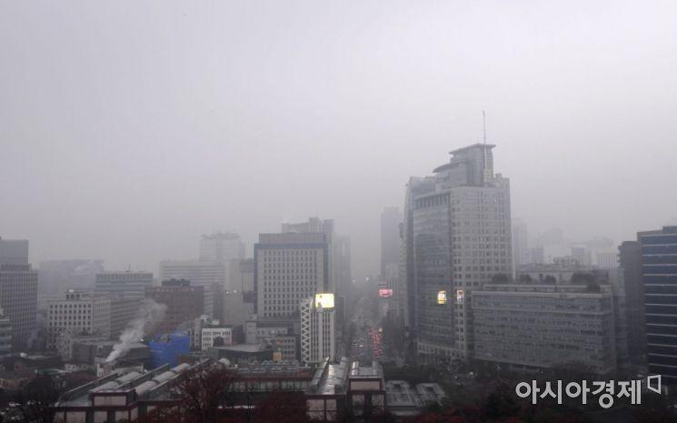 [포토] 미세먼지 뒤덮힌 도심