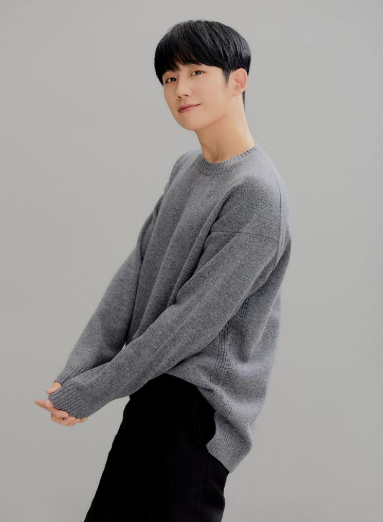 """[인터뷰①]'시동' 정해인 """"거석이형 마동석, 웹툰 싱크로율 1등"""""""