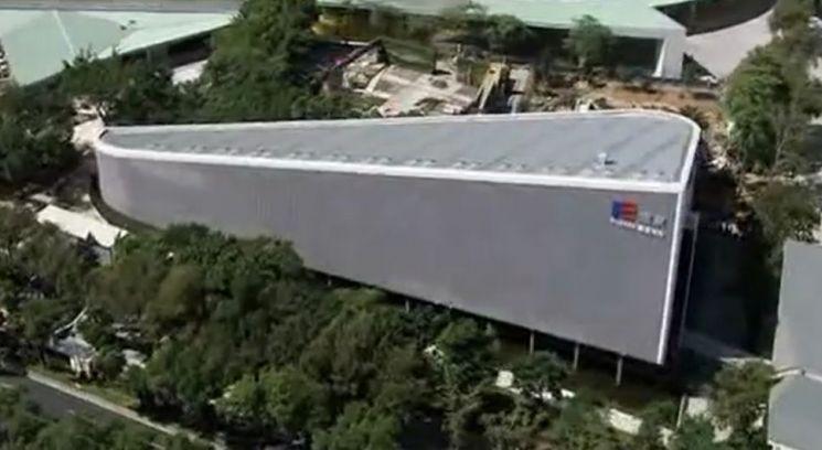 대만의 타이완에 들어선 플라스틱 벽돌(폴리브릭) 빌딩의 모습. [사진=유튜브 화면캡처]