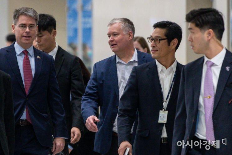 [포토]스티븐 비건 미국 국무부 대북특별대표 입국