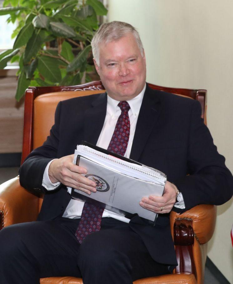 美 국무부, 비건 부장관 한·일 방문 발표