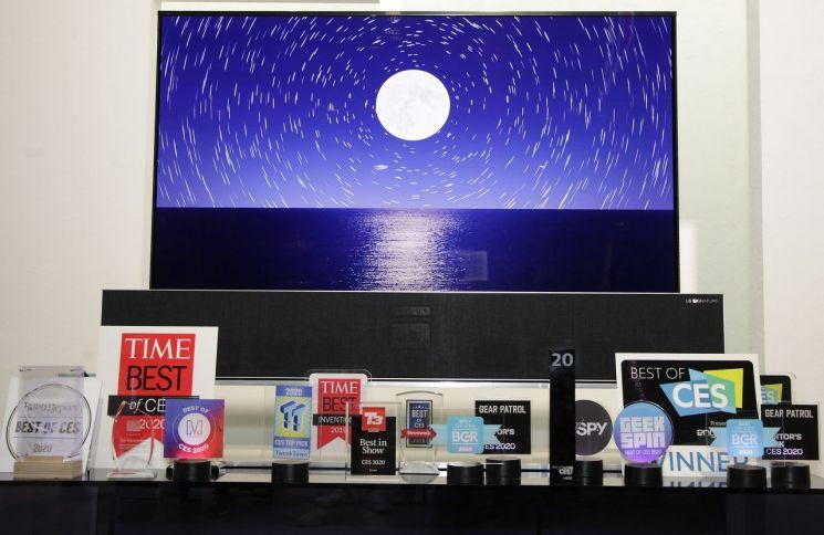 LG전자, CES서 '최고 혁신상' 등 119개 어워드…TV제품 69개