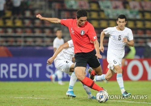 15일 오후(현지시간) 태국 랑싯 탐마삿 스타디움에서 열린 2020 아시아축구연맹(AFC) U-23 챔피언십 한국과 우즈베키스탄의 조별리그 최종전. 한국 오세훈이 결승 골을 넣고 있다. /사진=연합뉴스
