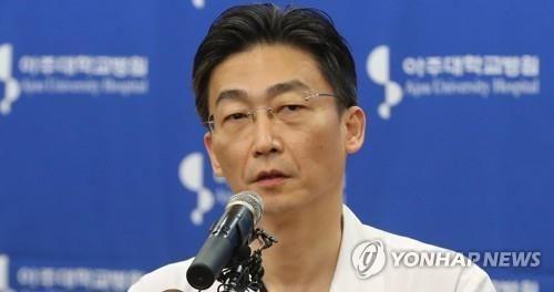 이국종(51) 아주대 병원 교수 [이미지출처=연합뉴스]