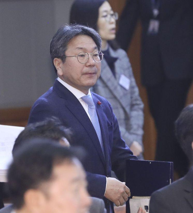강기정 청와대 정무수석 [이미지출처=연합뉴스]