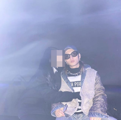 래퍼 씨잼이 여자친구와 함께 찍은 사진을 공개했다/사진=씨잼 인스타그램 캡처