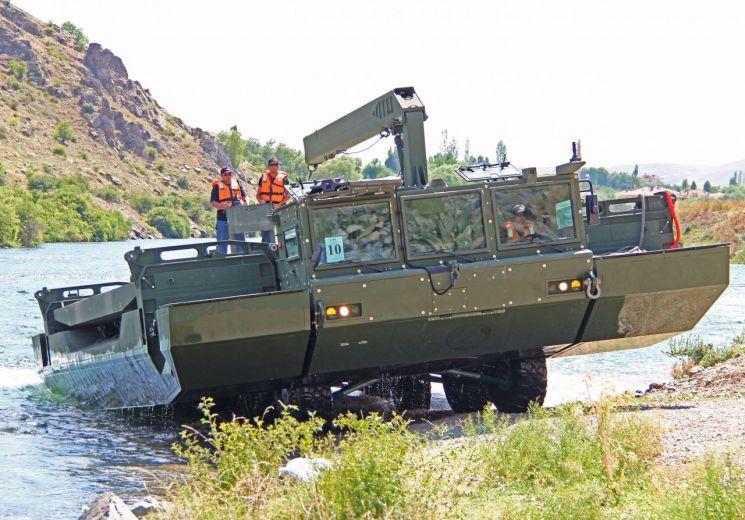 현대로템이 개발한 자주도하장비 'AAAB'