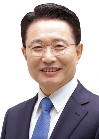 Lee Jung-hee, candidate for full nomination in the party