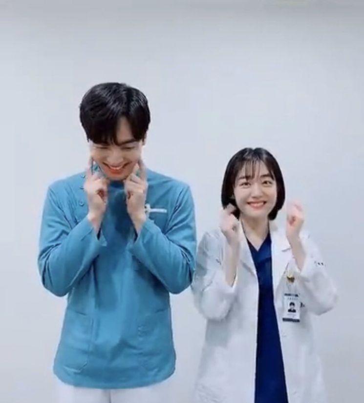배우 김민재(좌) 소주연(우)사진=배우 소주연 인스타그램 캡처
