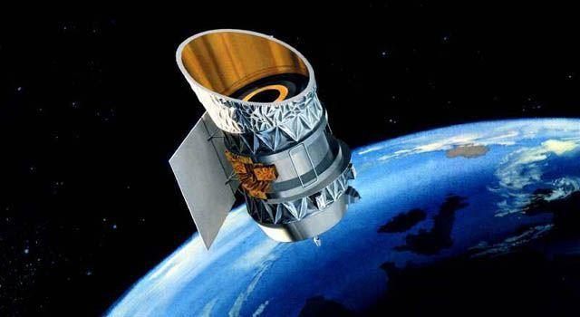 충돌 가능성이 제기된 적외선 천문 위성 IRAS(출처:미국 항공우주국 홈페이지)