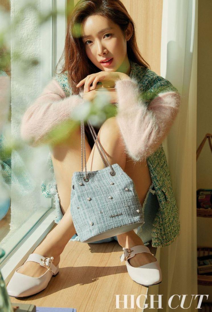 청순부터 러블리까지 다채로운 매력 담은 차정원의 봄 패션 화보
