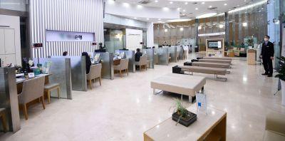 한 은행 창구가 한산한 모습을 보이고 있다./김현민 기자 kimhyun81@