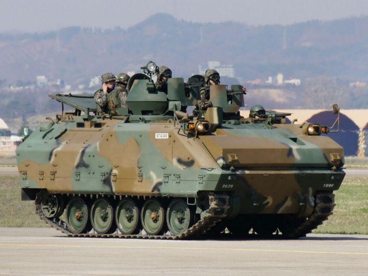 공군의 지상 지원장비-(1)K200A1 장갑차