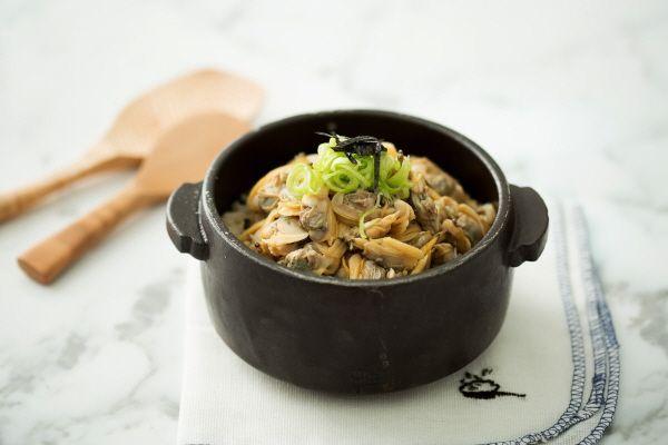 바지락 덮밥