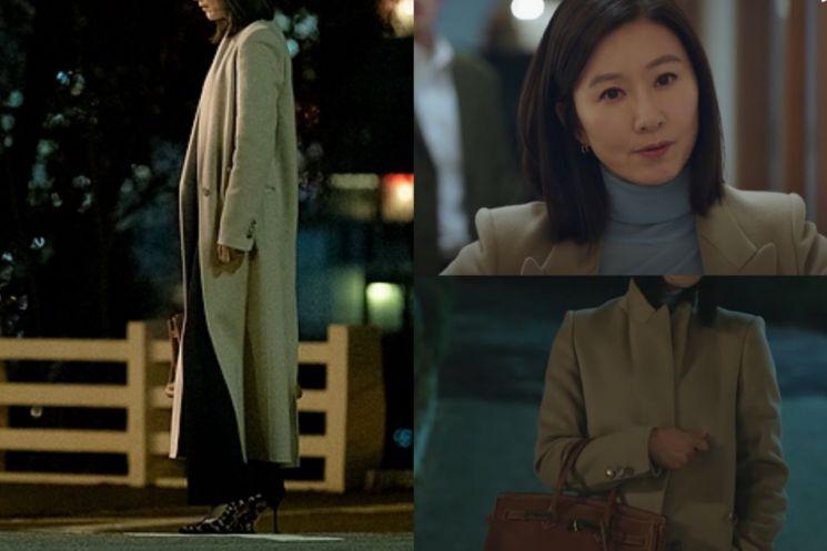 김희애의 우아한 코트 스타일링