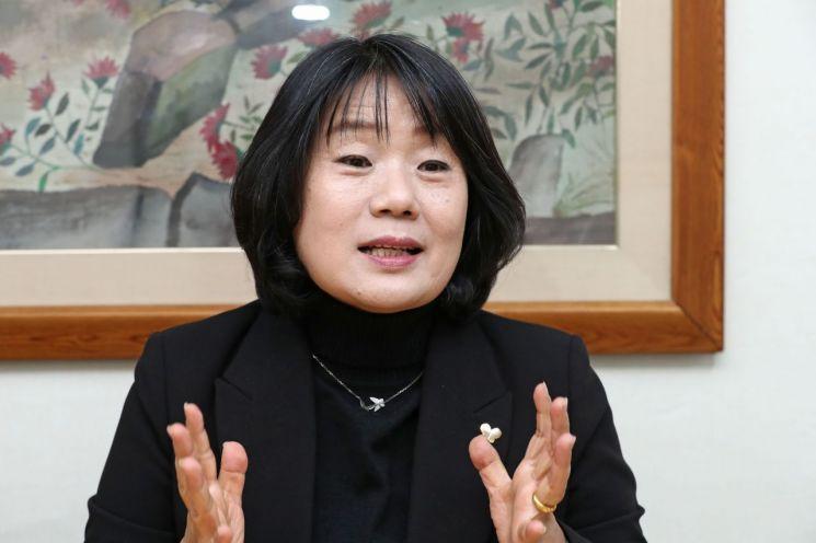 윤미향 전 정의기억연대 이사장 [이미지출처=연합뉴스]