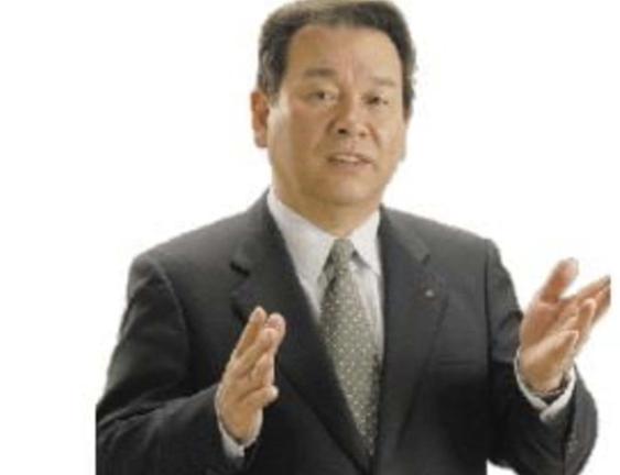 ▲코로나19 확진 판정 후 자가격리 지침을 어기고 파친코를 방문해 논란이 일고 있는 마쓰무라 도시지 이시카와현 가나자와시의원.
