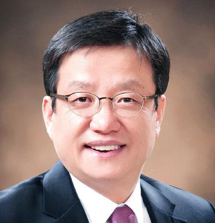 (사)한국데이터법정책학회 초대 회장 이성엽 고려대 교수