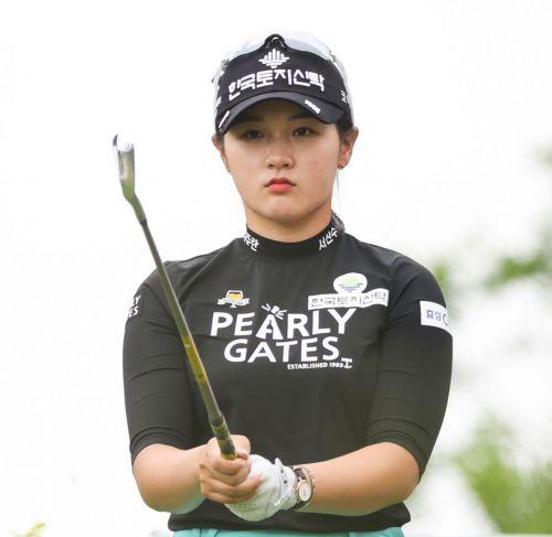 박현경이 팬텀클래식에서 시즌 3승에 도전한다.