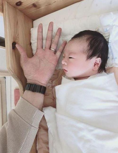 아이돌 그룹 티아라 출신 한아름이 지난달 31일 득남했다./사진=한아름 인스타그램