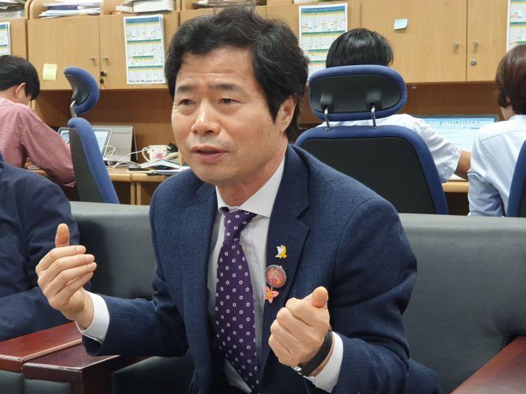 """김승환 전북도교육감 """"현 정부 교육개혁 방향설정도 못해"""" 작심 비판…"""