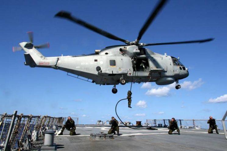 영국과 이탈리아가 공동 개발한 AW-101