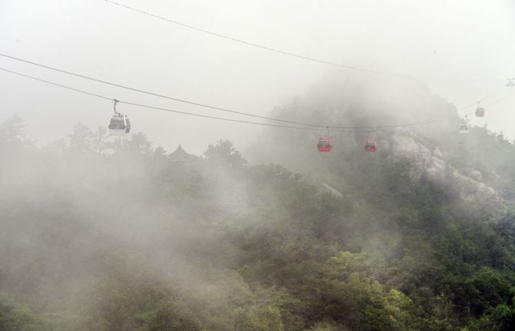 구름이 넘나드는 무릉도원 유달산과 해상케이블카