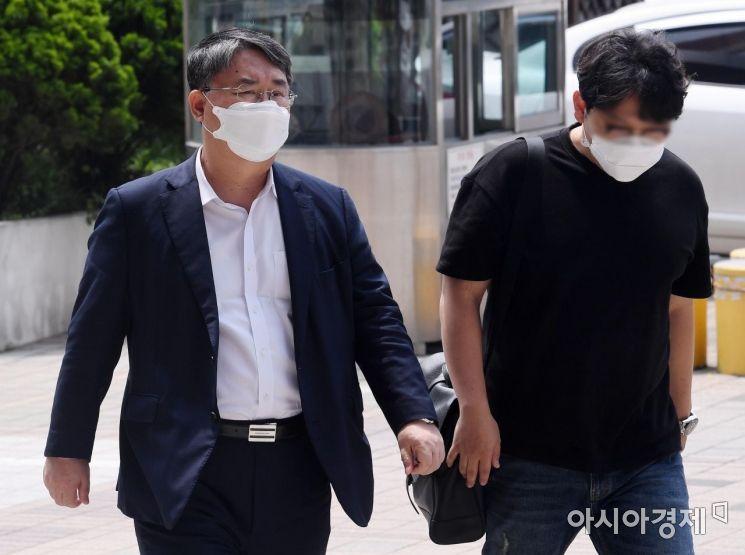 [포토] 이스타항공 임금체불 조사 향하는 최종구 대표