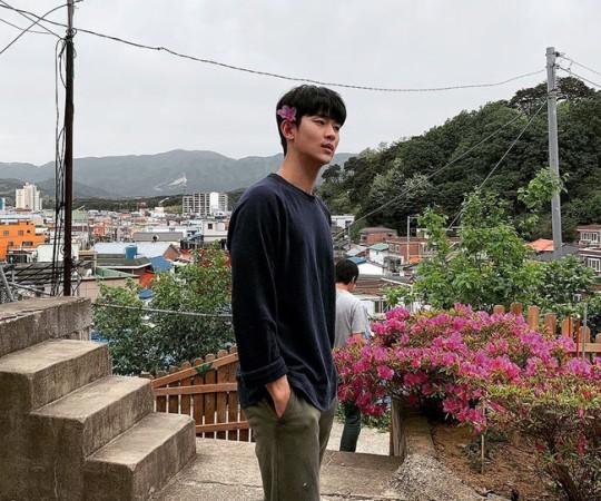 배우 김수현/사진=김수현 인스타그램 캡쳐