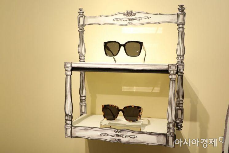 젠틀몬스터 X 제니, '젠틀 홈 아이웨어 컬렉션'