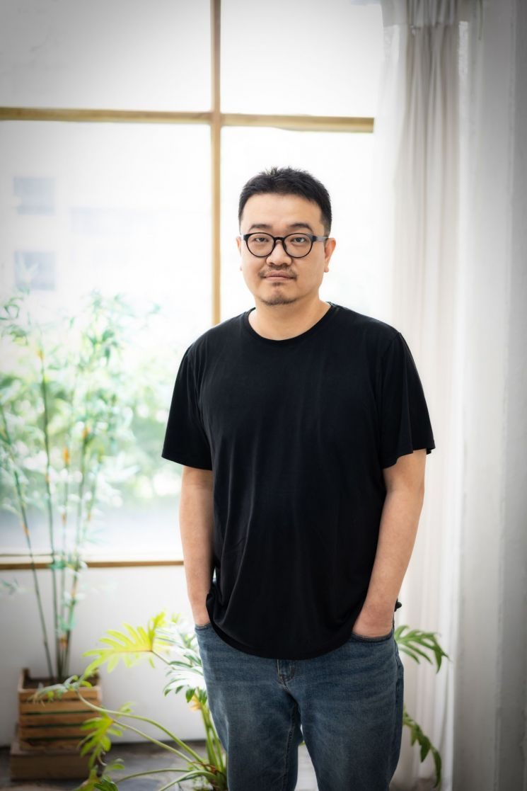 """[인터뷰①]연상호 감독 """"공유, '반도' 시나리오 보더니 강동원 추천"""""""