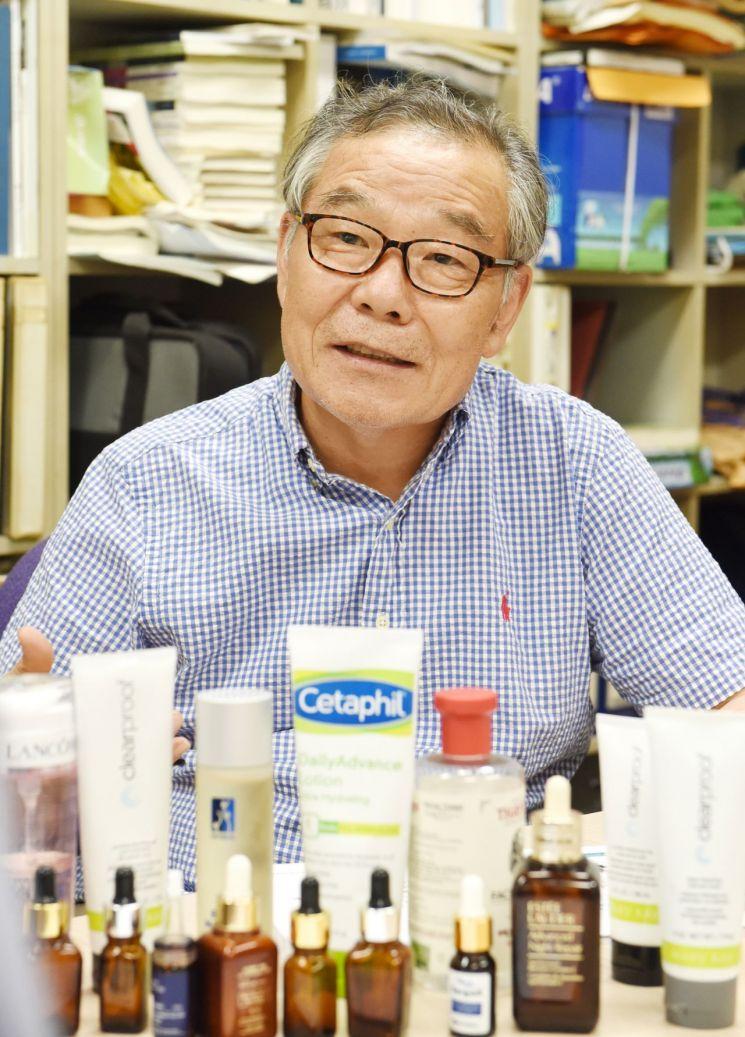 모자반 연구의 대가 부경대 김형락 교수.