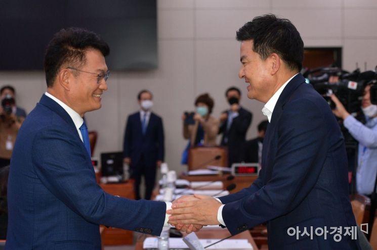 [포토] 인사 나누는 송영길·김태호