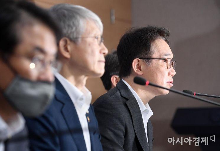 [포토] 답변하는 박선호 국토부 차관