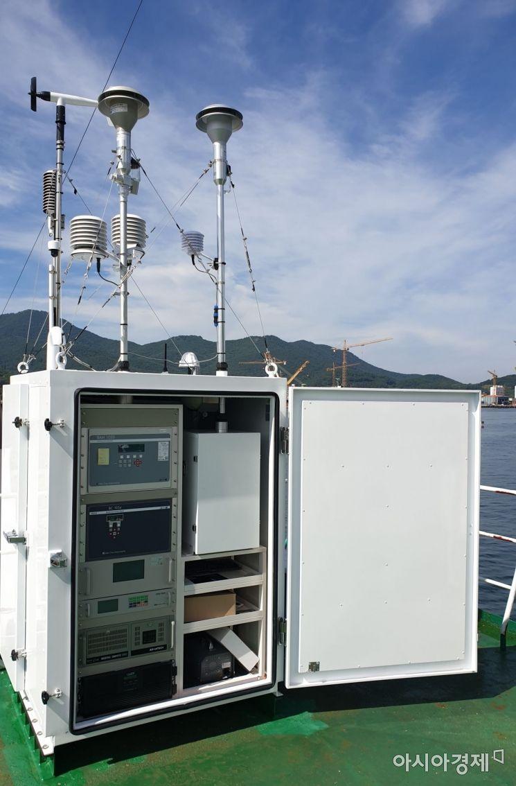 대형함 미세먼지 측정장비 [사진=해양경찰청]
