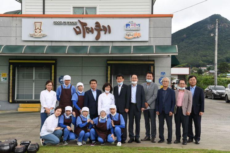 진영 행안부장관, 일자리창출 마을기업 챙기러 '전북 방문'