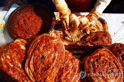 최근 일본 한 언론에서 한국 김치를 두고 중국 절임 채소 '파오차이'에서 유래했다는 취지로 보도했다. / 사진=연합뉴스