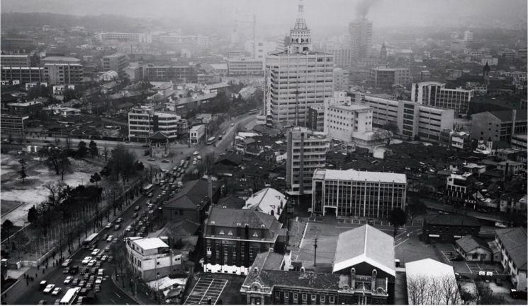 1978년 정부종합청사에서 촬영한 의정부 터