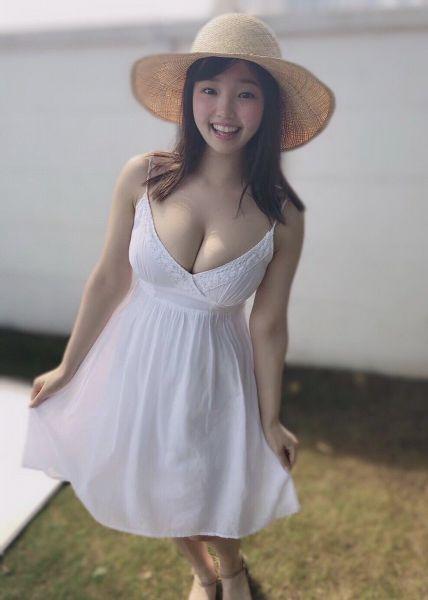 01년생 G컵 아이돌 하나사키 히요리