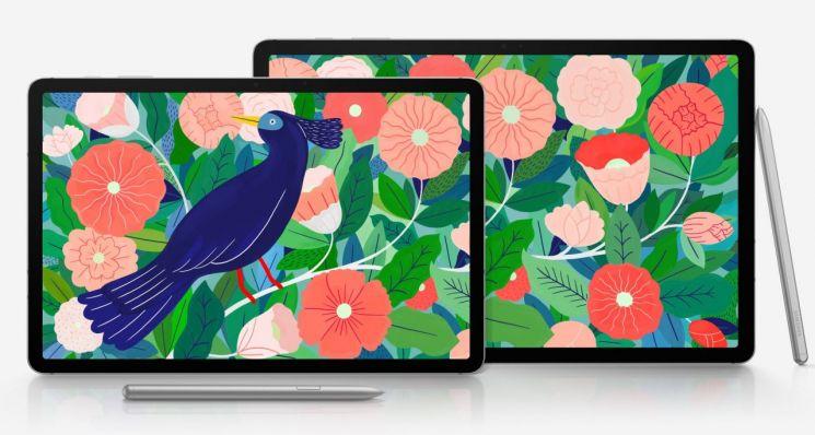 갤럭시탭S7은 11인치 모델과 12.4인치 플러스 모델 2가지로 출시된다.(출처=에반 블래스 트위터)