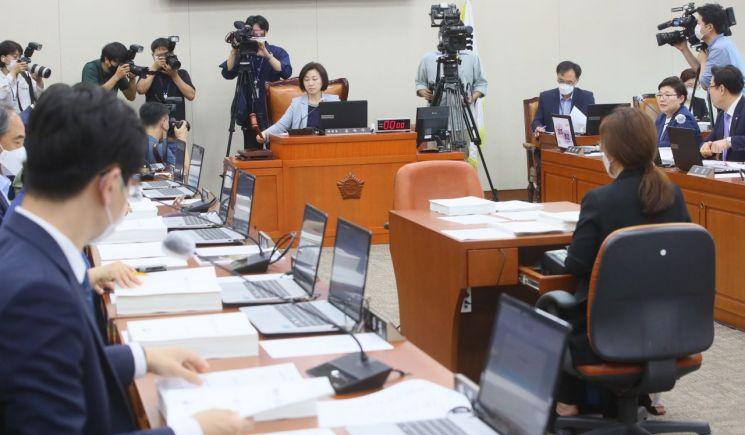 국회 환경노동위원회 [이미지출처=연합뉴스]