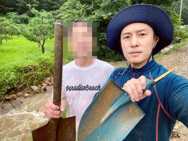 사진=김동완 인스타그램 캡처.