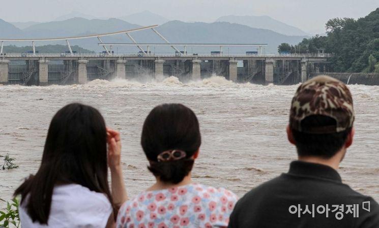 [포토]팔당댐 물 방류